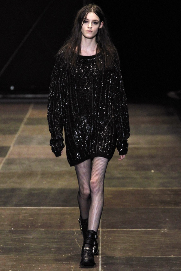 saint_laurent_pasarela_290251540_683x